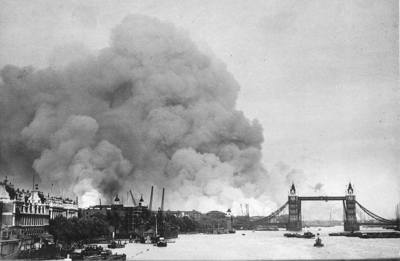 1940docksburning